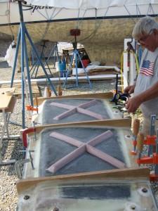 Clamping rudder mold halves together